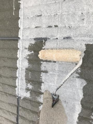 外壁塗装 シリコン塗料 下塗り