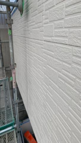 外壁塗装作業 アパート シリコン塗料