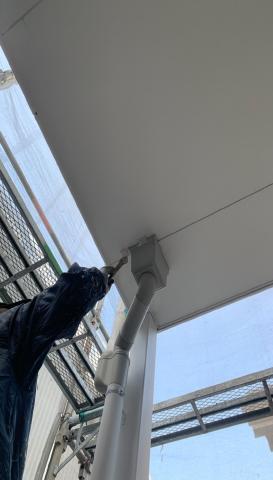 軒天塗装作業 岡崎市アパート シリコン塗装