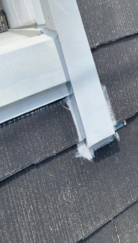 屋根板金コーキング作業 アパート塗装
