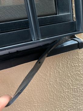 窓廻りコーキング撤去作業