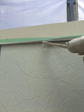 外壁塗装作業の様子です