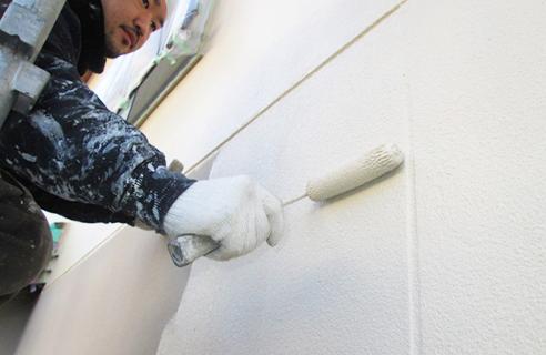 建築知識だけでなく、雨漏り修理の専門知識が必要になります。