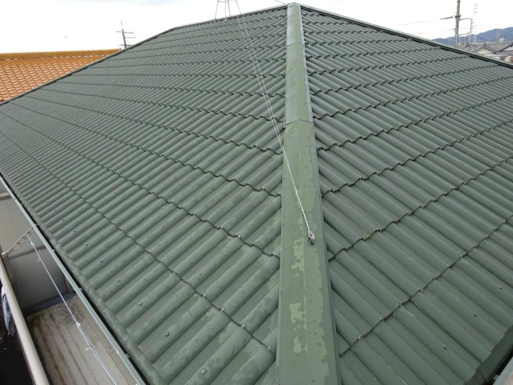 屋根は傷みもなく、塗装メンテナンスは数年先で良いとご提案しました。