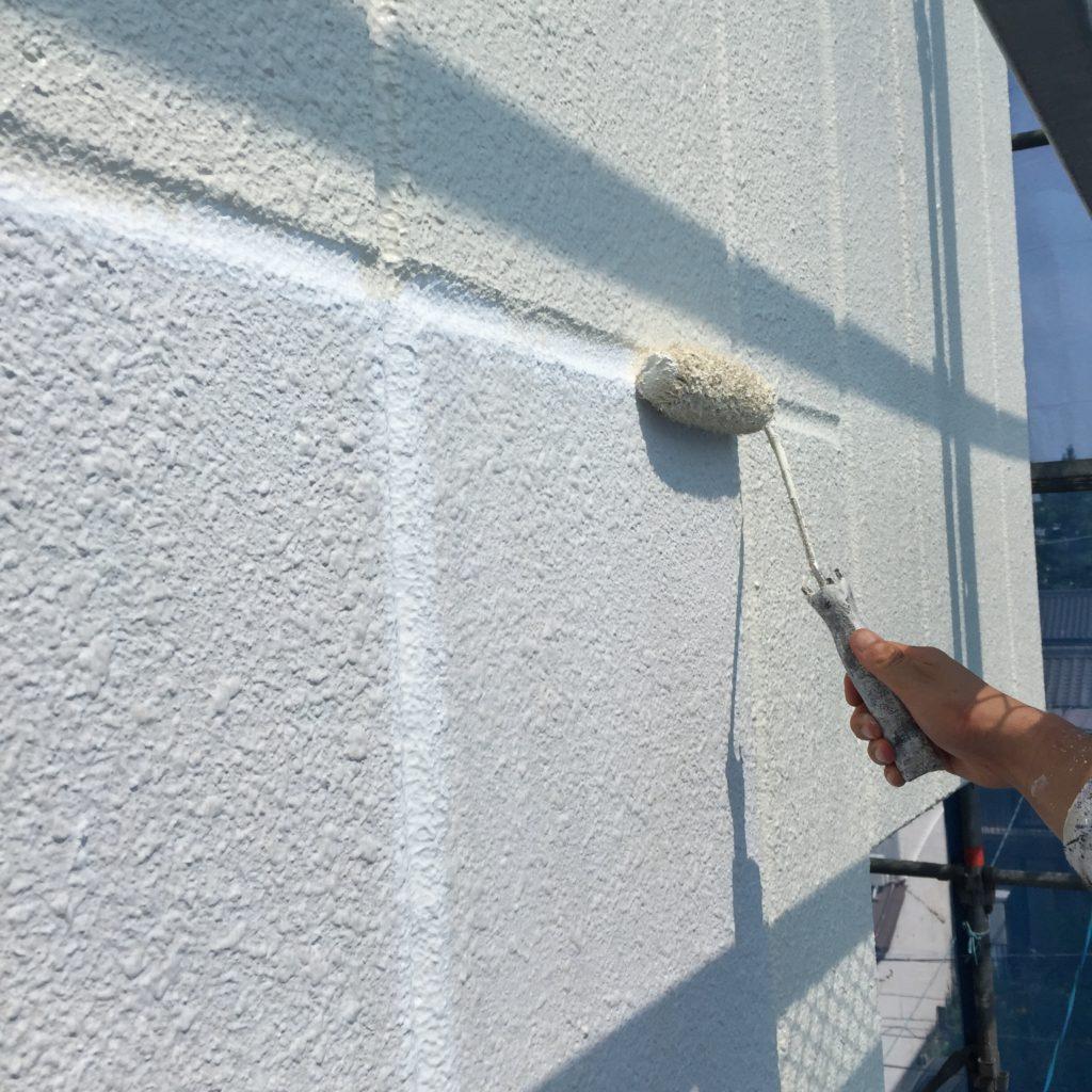 外壁塗装<br>作業の様子