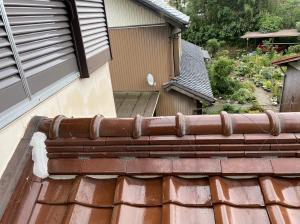 【棟瓦の積み直し工事完成】